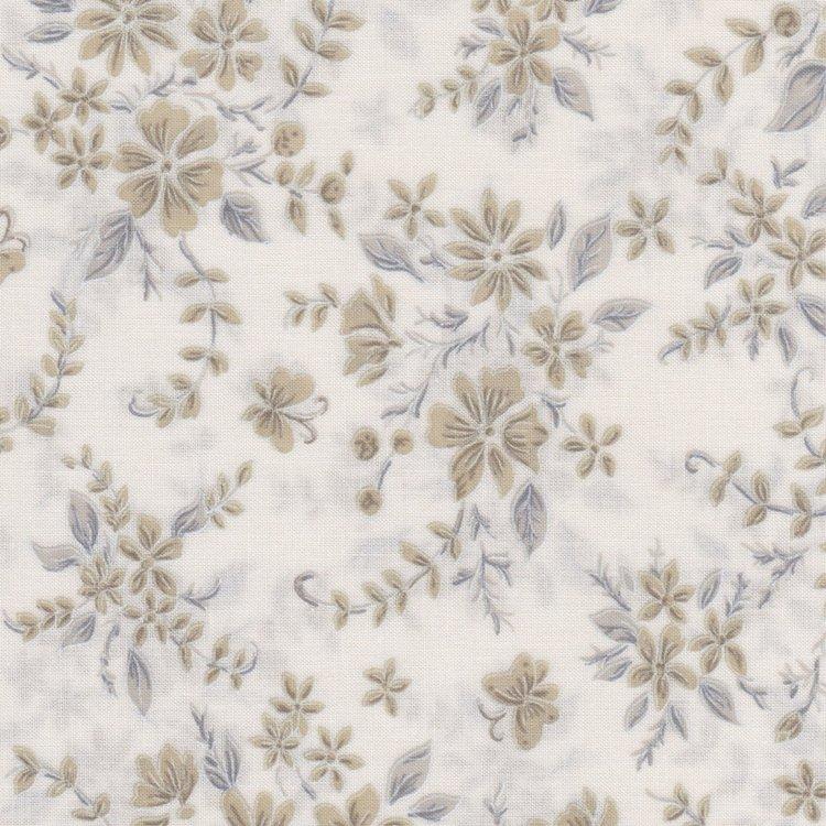 Fabriquilt Tone on Tone ecru met beige bloem