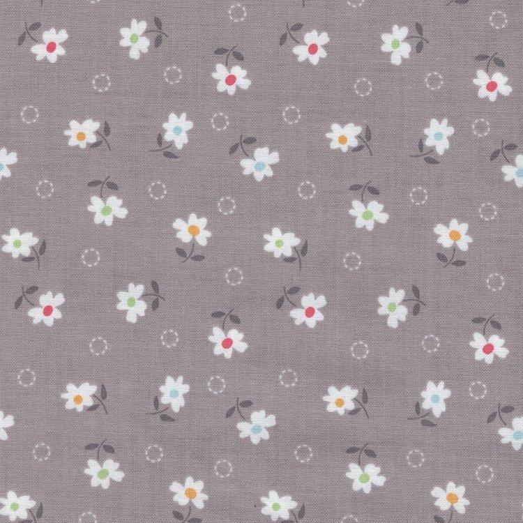 Riley Blake Farm Girl Vintage grijs bloemetje