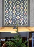Windham Fabrics Manor House Upstairs taupe geometrisch figuur_