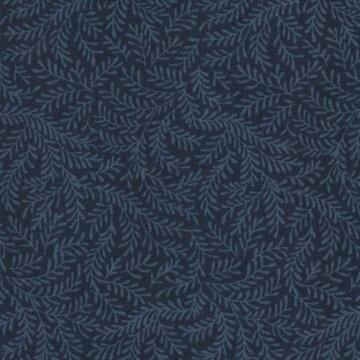 Windham Quilt Back donkerblauw met een blauw takje dubbelbreed