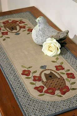 Patroon: Sweetpea Table Runner, Natalie Bird, The Birdhouse