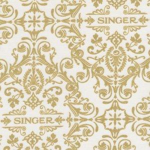 Robert Kaufman Sewing with Singer ecru met goud logo
