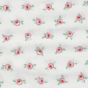 Penny Rose Fabrics Little Dolly wit met roze bloemetje