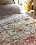(Gesigneerd!) Susan Smith: Quilts, somewhat in the middle._