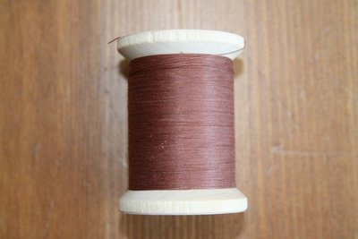 YLI 004 Roest bruin