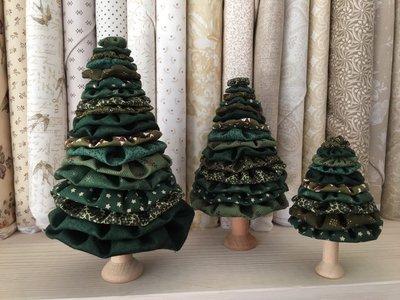 Setje om stoffen kerstboompjes te maken